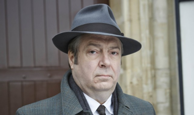 Roger Allam as DI Fred Thursday.